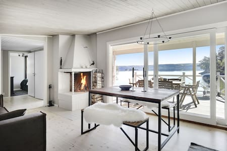 Dreamy House w. private dock by the Baltic sea