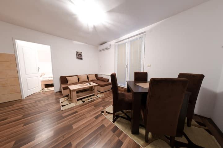 Anastasija apartman 5
