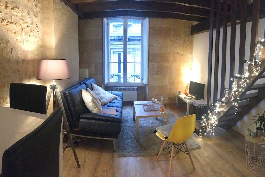 Appartement duplex grand th tre appartements louer for Appartement bordeaux grand theatre