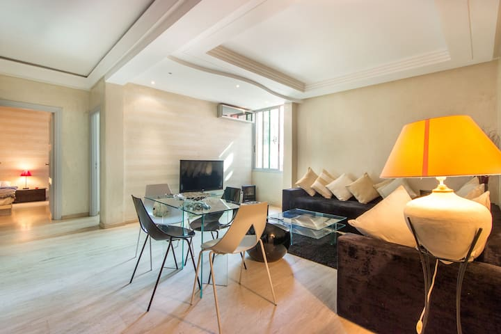 F3 Modern, Charming Apartment in the City Center !