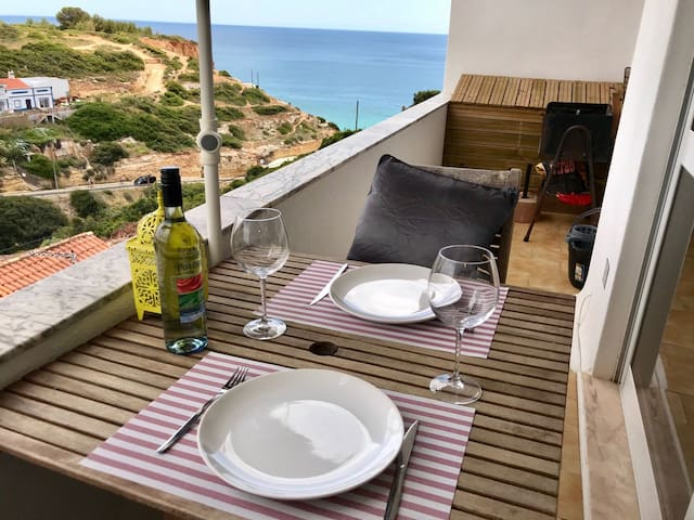 Apartment with stunning views at 300m from beach