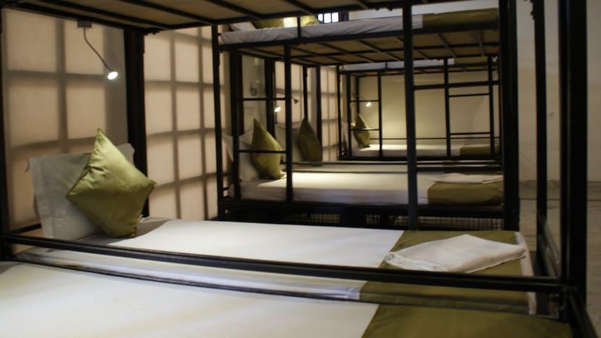 BedHubs - Haridwar - Общежитие