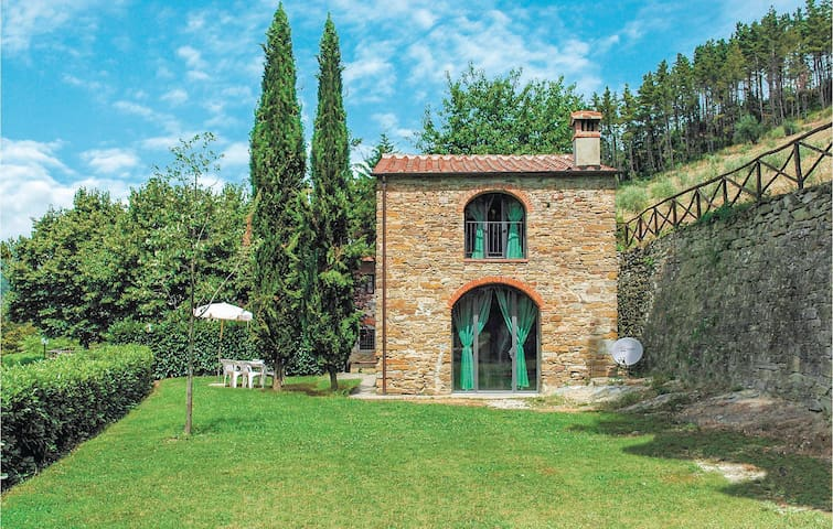 Holiday cottage with 2 bedrooms on 80m² in Dicomano FI