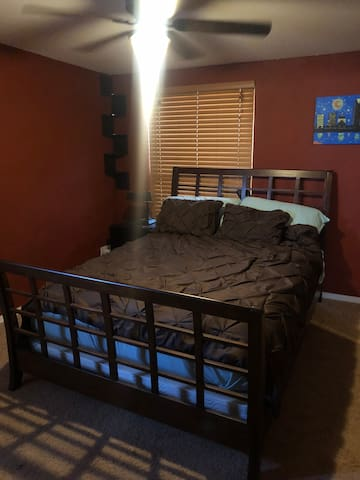 Private room and bath in Eastside Tucson
