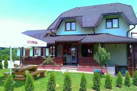 Pension Villa near the Lake - Grabovac - Bed & Breakfast
