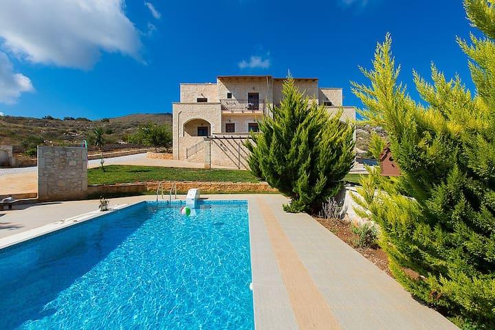 Faethon villa - Gerani - Huvila