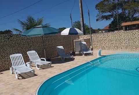 Casa com piscina e churrasqueira - área gourmet