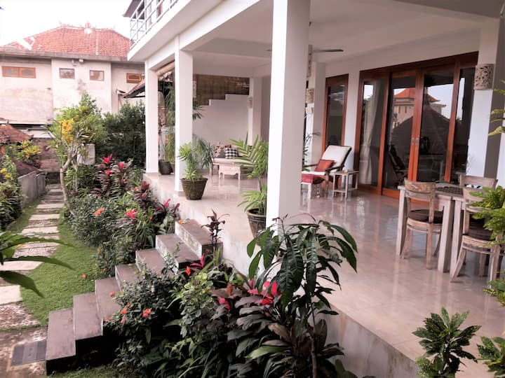 Ubud Center 3BR House-Come Soon-Stay Long-Be Happy