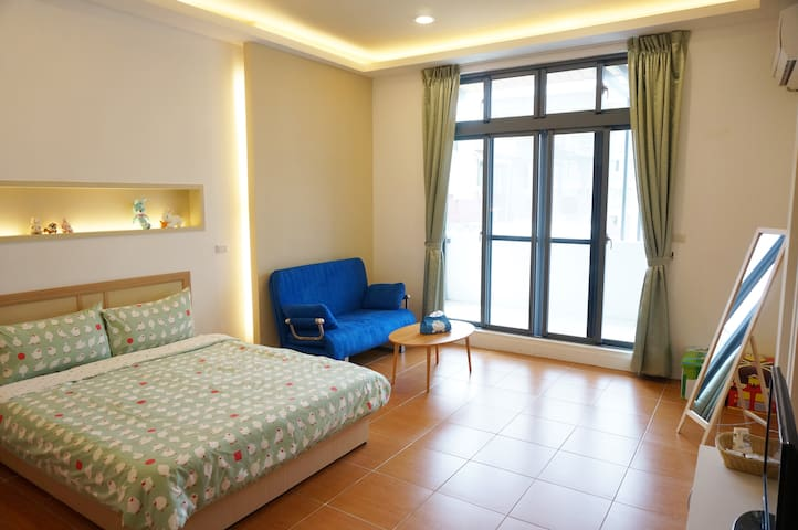 【Love & Share House】Double room(shared-bathroom)