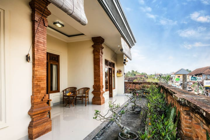 Just renovated room in Ubud center near Yoga Barn