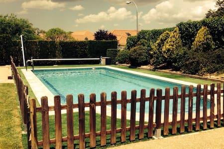 Chalet individual piscina privada - Galapagar