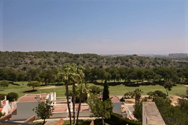 Penthouse with amazing view on Golf, pool, sea - Orihuela - Apto. en complejo residencial