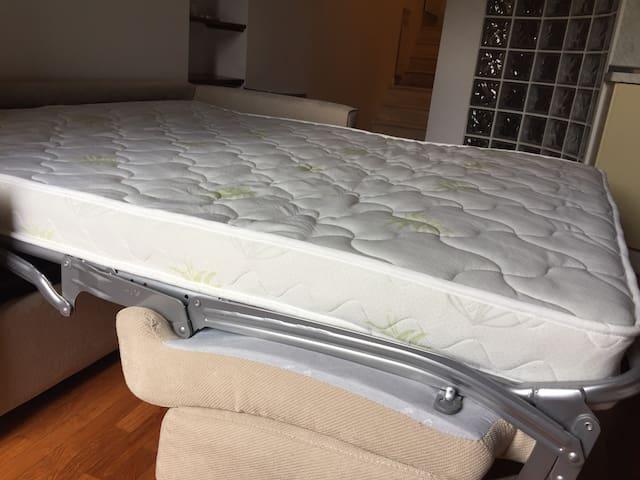 Materasso in Aloe Vera del divano letto matrimoniale