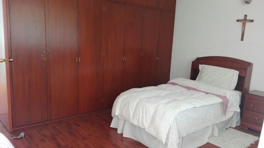 Habitación cerca de C.U. Puebla