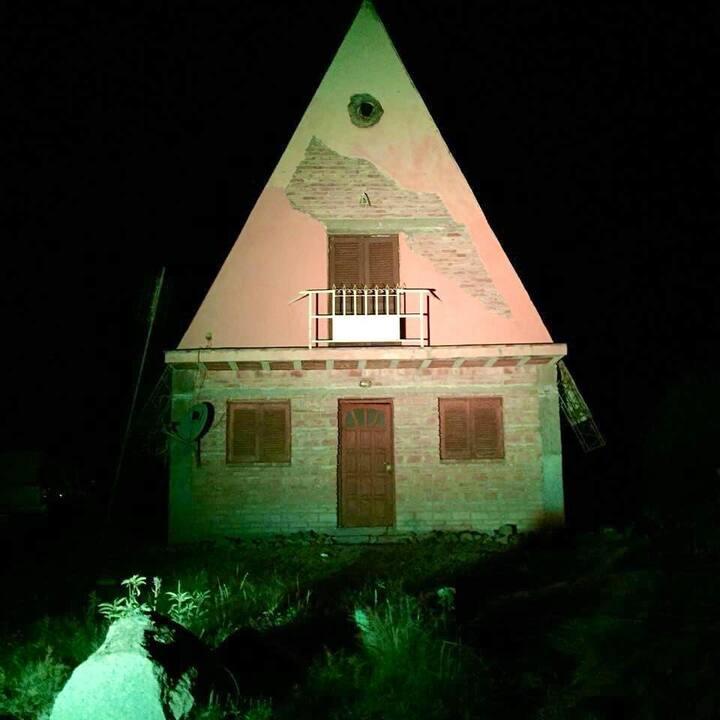 Cabaña Villa Guasayan. 45 km Termas