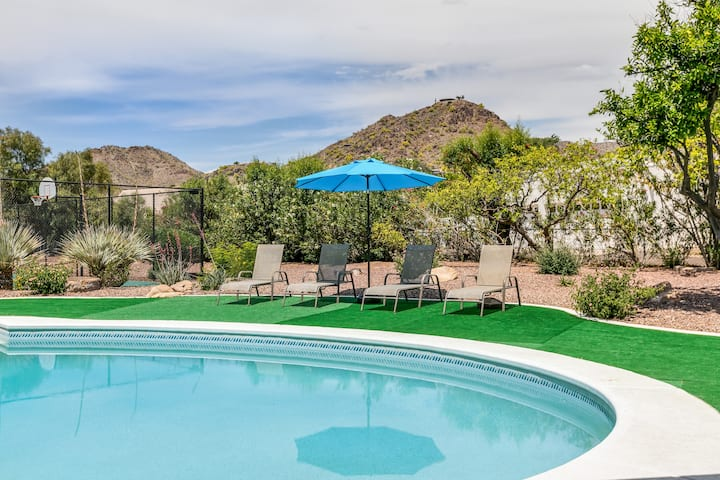 Paradise Valley Home * Newly Renovated Great Views
