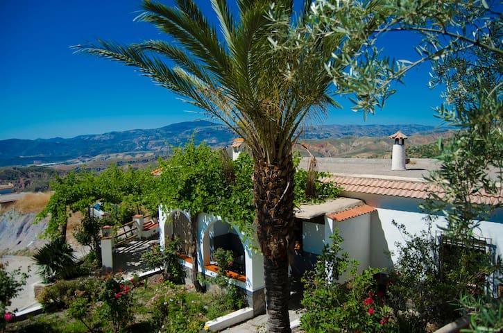 Balcón de Válor - Casa Rural Nº1 en La Alpujarra