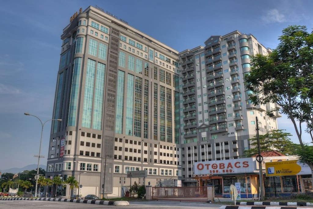 External Facade of Tower Regency