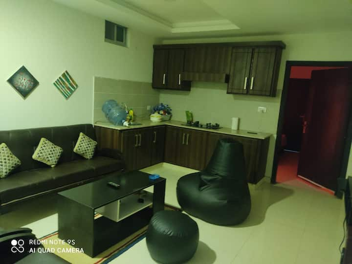 Comfy Place for Stay oppst NUST+Wifi +TV+Party