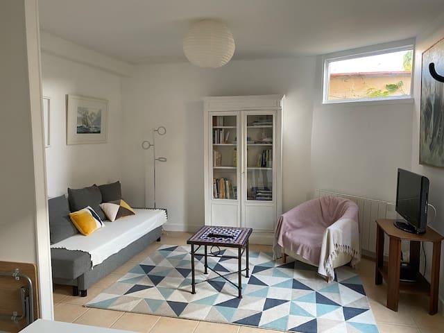 Charmante petite maison avec jardin