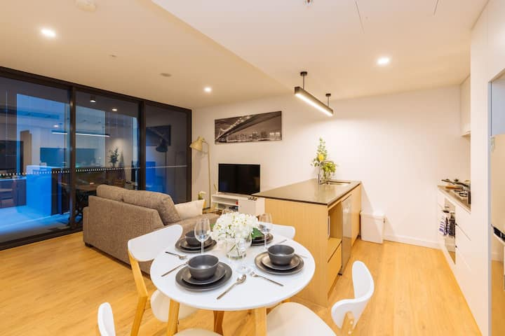 Spectacular 1 Bed Apt in the Heart of SouthBank