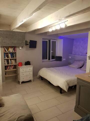 Studio indépendant dans une maison atypique