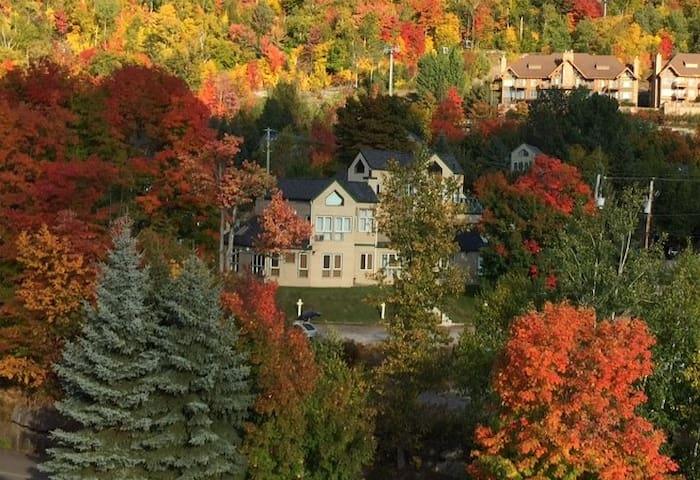Cozy condo at the footstep of Mont-Tremblant