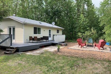 Fox Pointe Hideout in beautiful Belair, MB