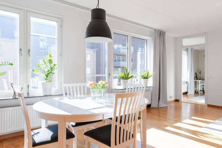 Apartment with fantastic light and high standard