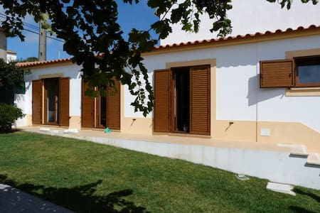 Country house in Seixal da Lourinhã - ローリニャ