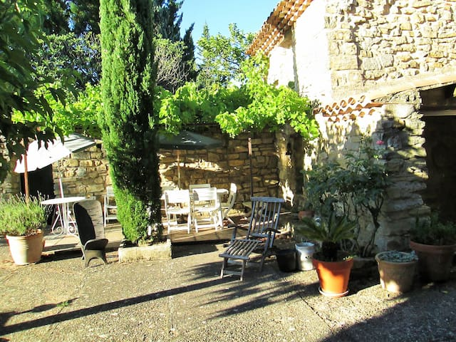 Loue Bastide coeur Luberon calme absolut