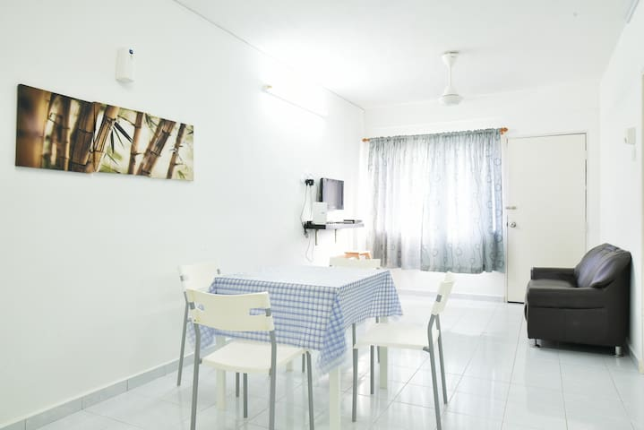 Clean & Cozy Budget Flat @ Malacca City