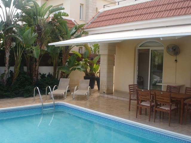 Superb Villa, family friendly, close to the beach - Paralimni - Villa