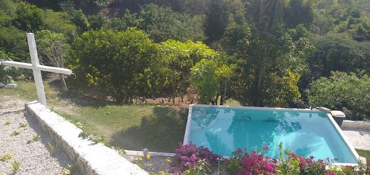Linda Casa (bungalow), sanate con la  Naturaleza.