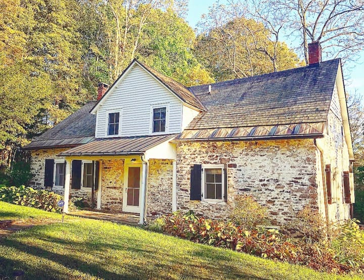 Charming Historic Stone House in the Hudson Valley