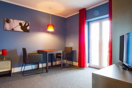 Appartements am Rindhof (Münnerstadt), Modernes Appartement 5 in ruhiger Lage mit Blick in die Natur