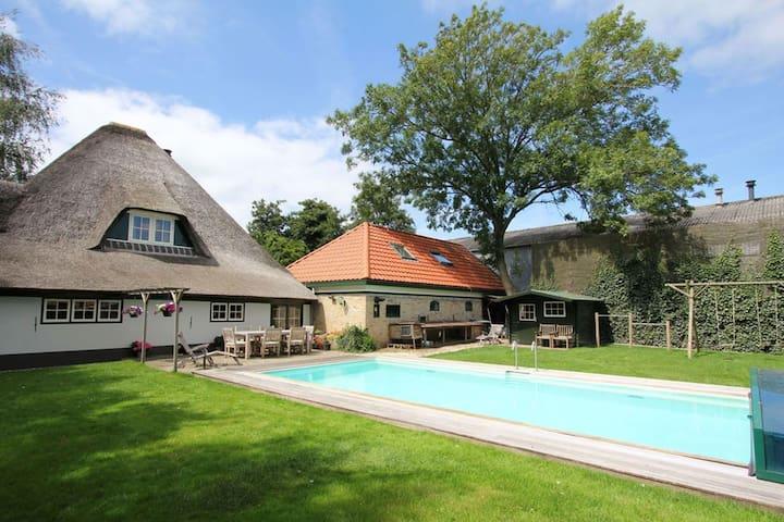 Sfeervolle landelijk gelegen Vakantiewoning - Wijdenes - Blockhütte