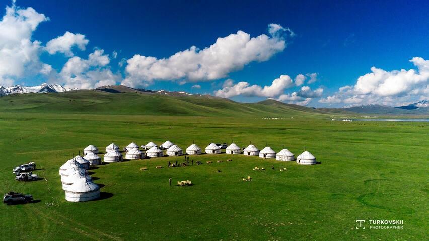 Nomad's Dream yurt camp in Son Kul