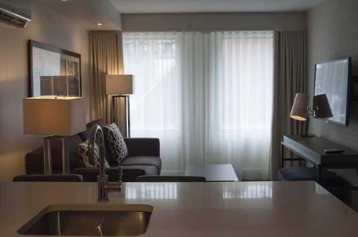 Cosy Suite Standard At Gatineau