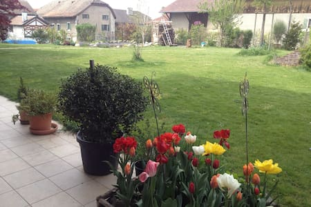 3 bedroom flat with large garden - Jussy