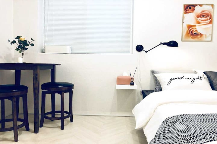 *SALE* Private Studio in Gangnam Gourmet Alley