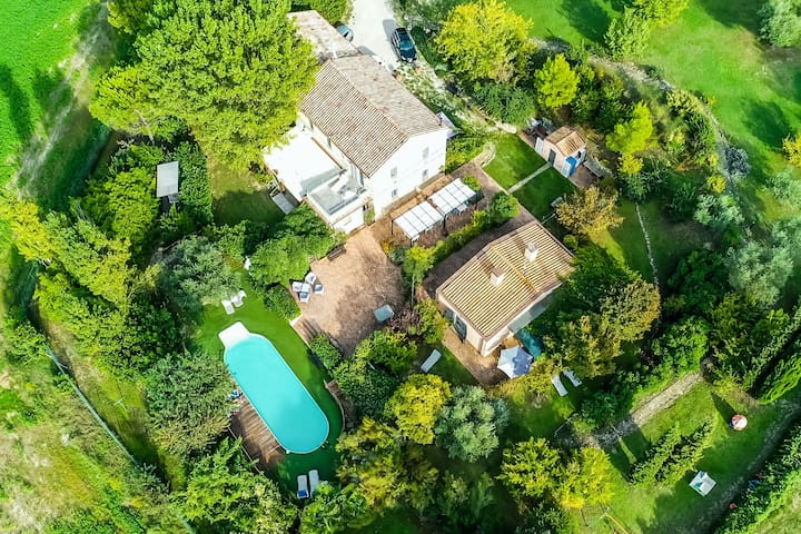 NEW LISTING! Traditional casale w/ shared, outdoor pool, furnished patio, views