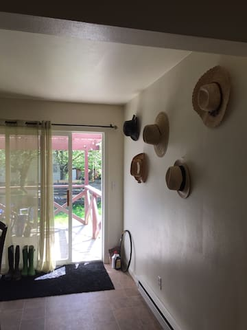 Room in Clean House close to campus - Corvallis - Casa