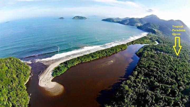Praia Puruba, rio e mar