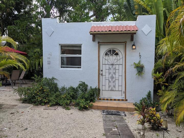 Garden Cottage- Heart of Design District