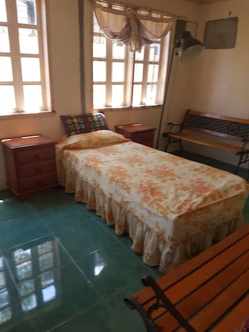 Cheap rental for couple or single person.