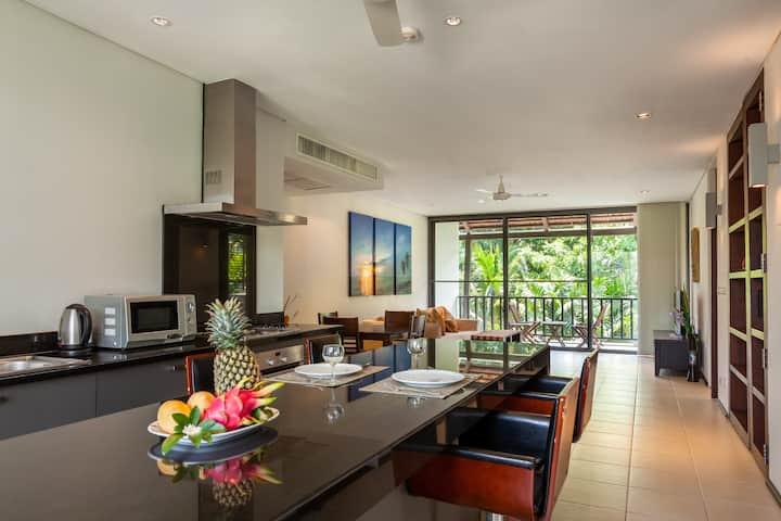 Spacious 2BR apartment close to BangTao Beach