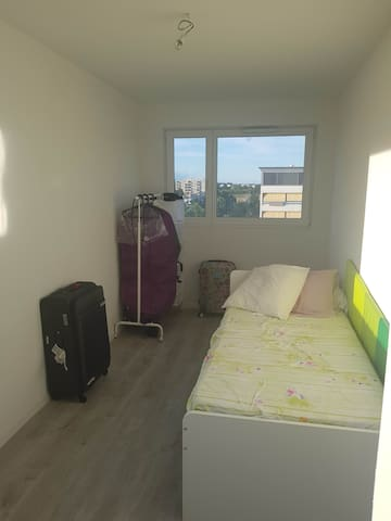 Private room in Meyrin, near Forum Meyrin, Airport