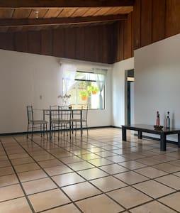Apartamento en el centro de San Ramón