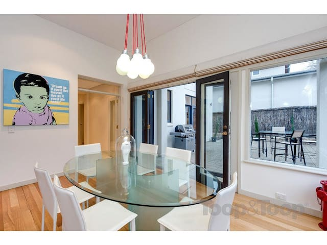 Spa Suite and own Kitchenette - Walkerville - House